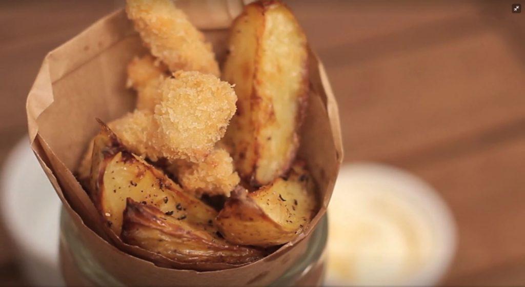 Resultado de imagem para Peixe Empanado com Batatinhas tastemade